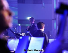 Beat Goes On XL door Henk Hermans